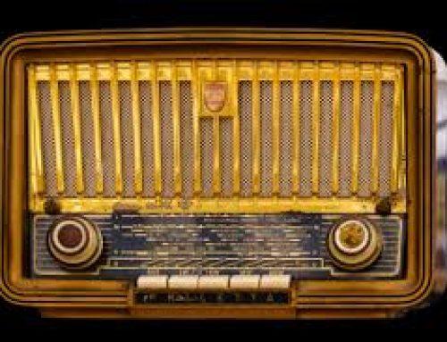 MT en la radio y televisión